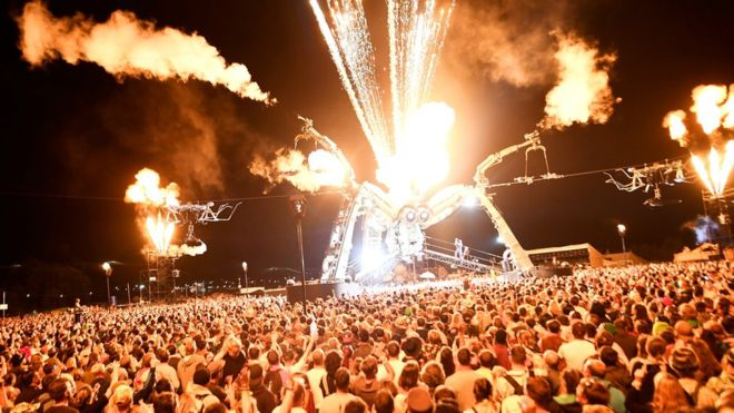 Glastonbury 2018 tickets sell out in just over half an hour